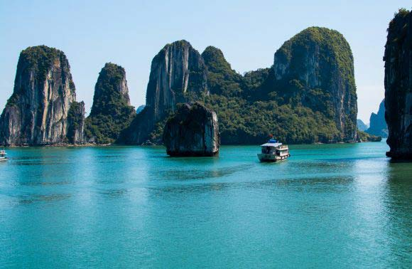 Halong Bay Tour 1 Day – 5,5 Hours On Boat