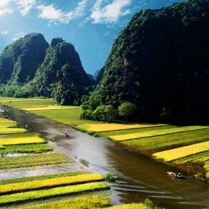 Hoa Lu – Tam Coc 1 Day – Small Group Tour By Limousine Bus