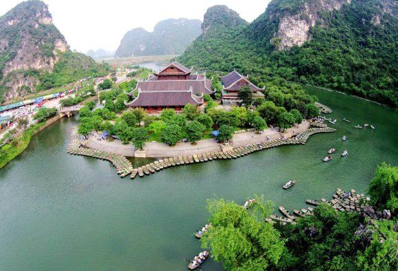 Hoa Lu – Tam Coc – Bai Dinh – Trang An 2 Days 1 Night
