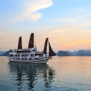 Halong Bay Cruise – Aclass Legend Cruise